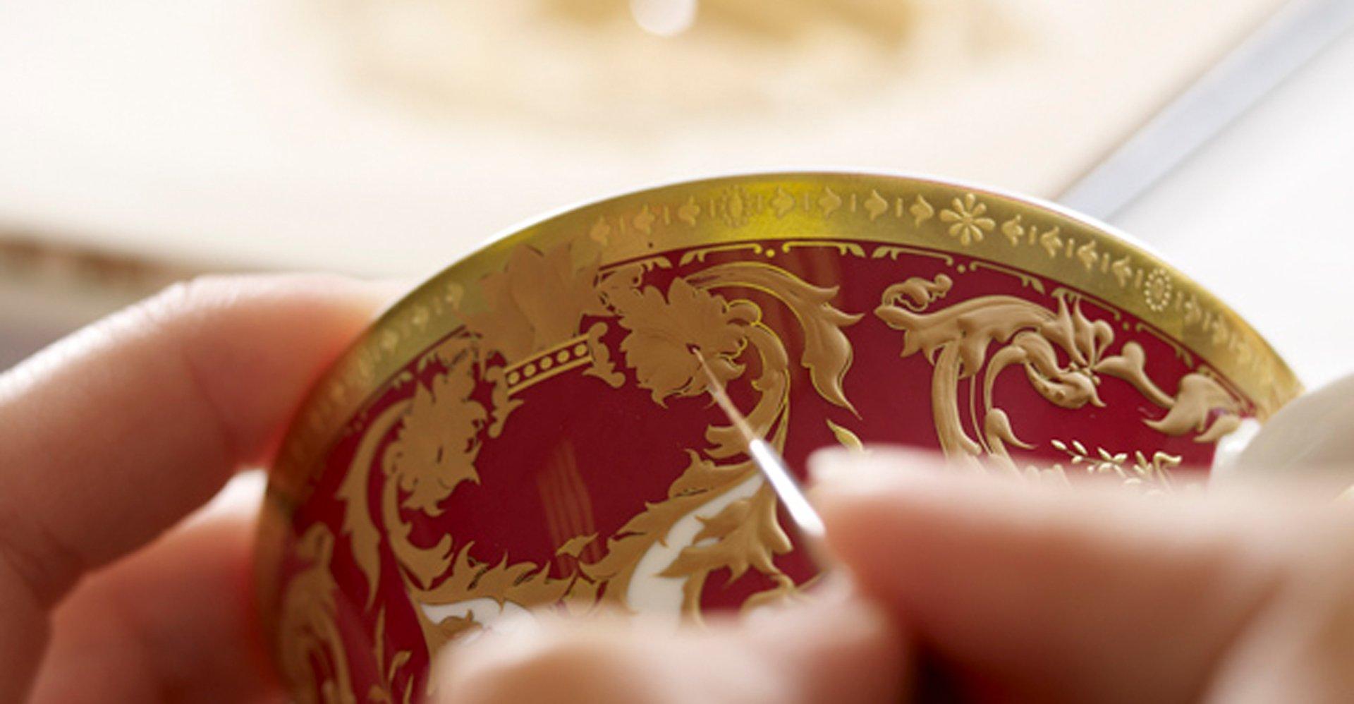 LyntonFBC-Luxury-Exclusive-Tableware-Fine-Bone-China-Skill