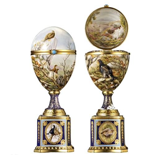 LyntonFBC-Luxury-Tableware-Fine-Bone-China-Ornamental-Romanov-Egg-open-and-closed